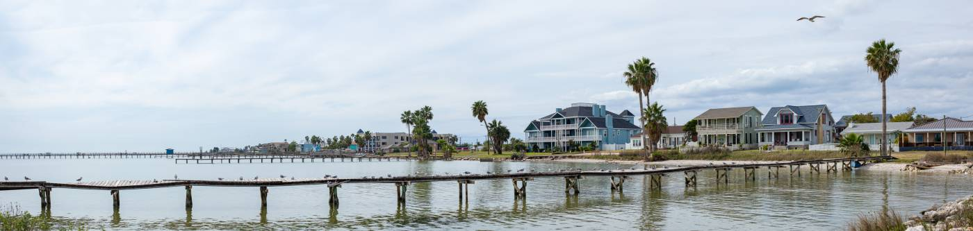 A view of houses in Rockport, TX